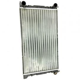 Radiador de agua para Golf A2 y Jetta A2. (SIN AIRE ACONDICIONADO).