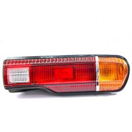 Calavera izquierda de Datsun, A10
